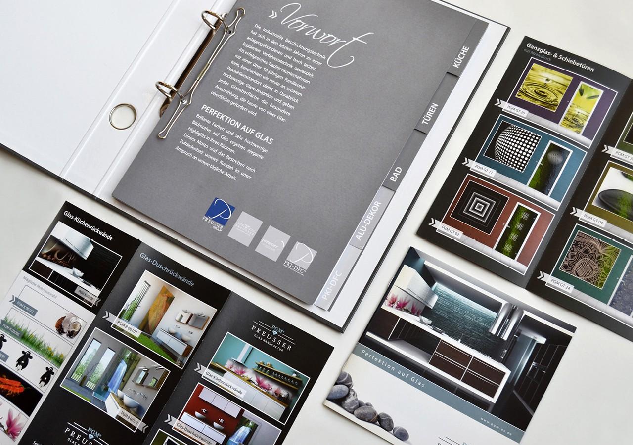 Werbeagentur Osnabrück click-werk Design Gestaltung Flyer mit Veredelung Produktkatalog Produktdesign