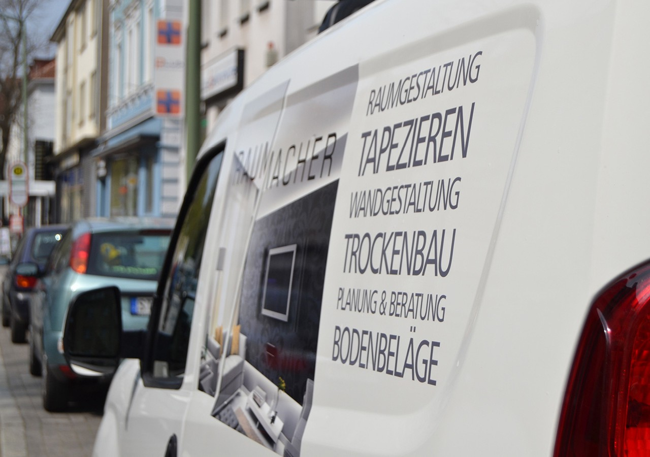Werbeagentur Osnabrück click-werk Design Gestaltung Namensfindung und Logodesign Imageflyer Arbeitsbekleidung Fahrzeugbeschriftung